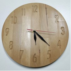 Настенные часы из бука